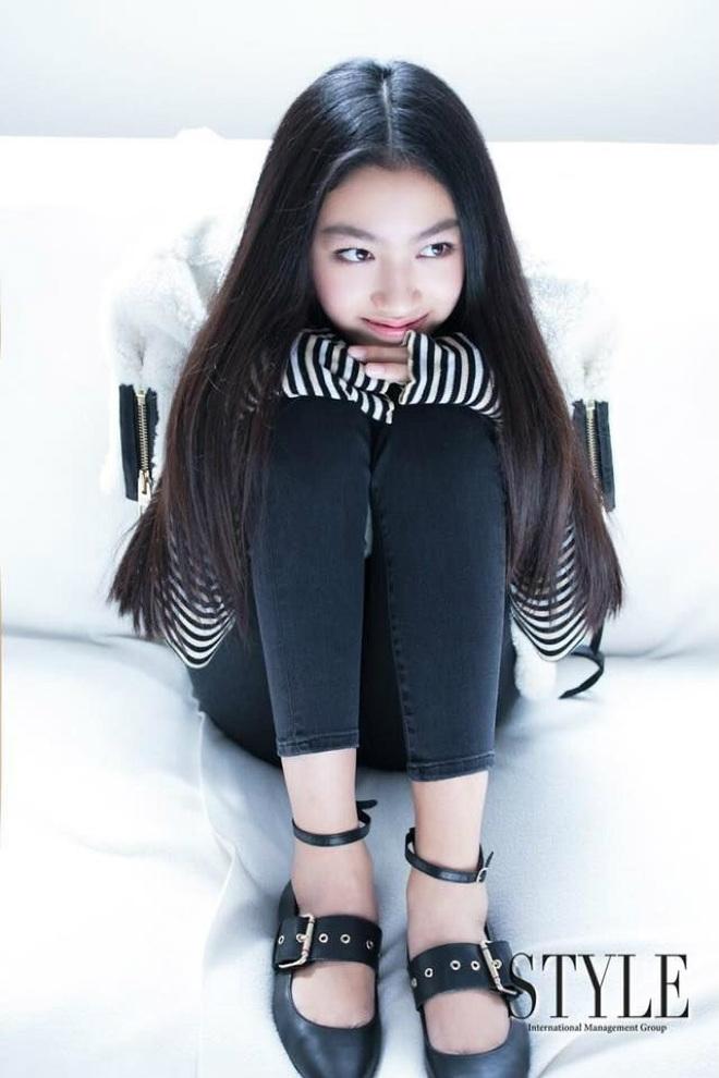 Con gái ông trùm phim xã hội đen Hong Kong phổng phao tuổi 14 - hình ảnh 3
