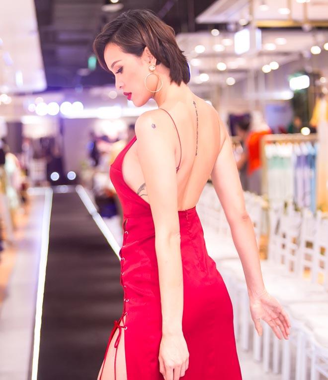 Phong cách táo bạo của dàn mỹ nữ Việt công khai bị gạ tình bạc triệu - hình ảnh 9