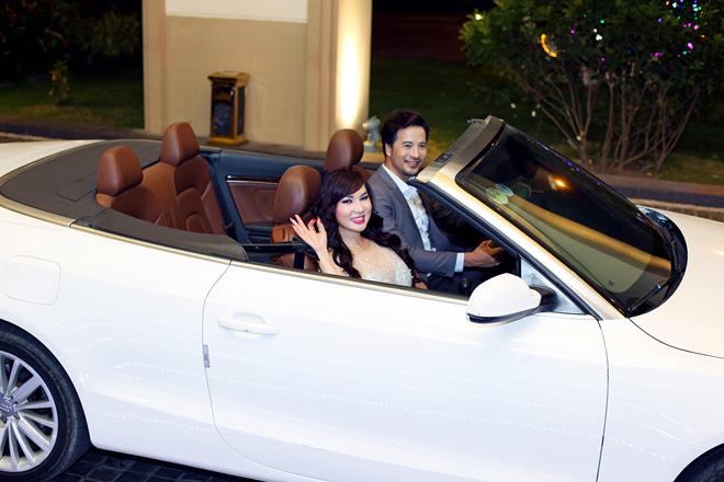 Đoàn Thanh Tài tháp tùng ca sĩ hải ngoại Kavie Trần bằng xe tiền tỷ - hình ảnh 1