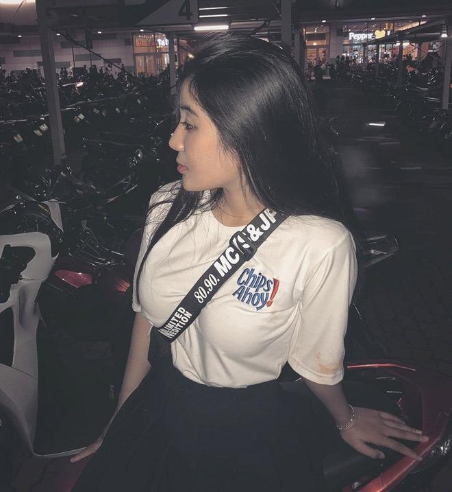 Fan girl U23 Việt Nam được báo Hàn ca ngợi đẹp như nữ thần - hình ảnh 4