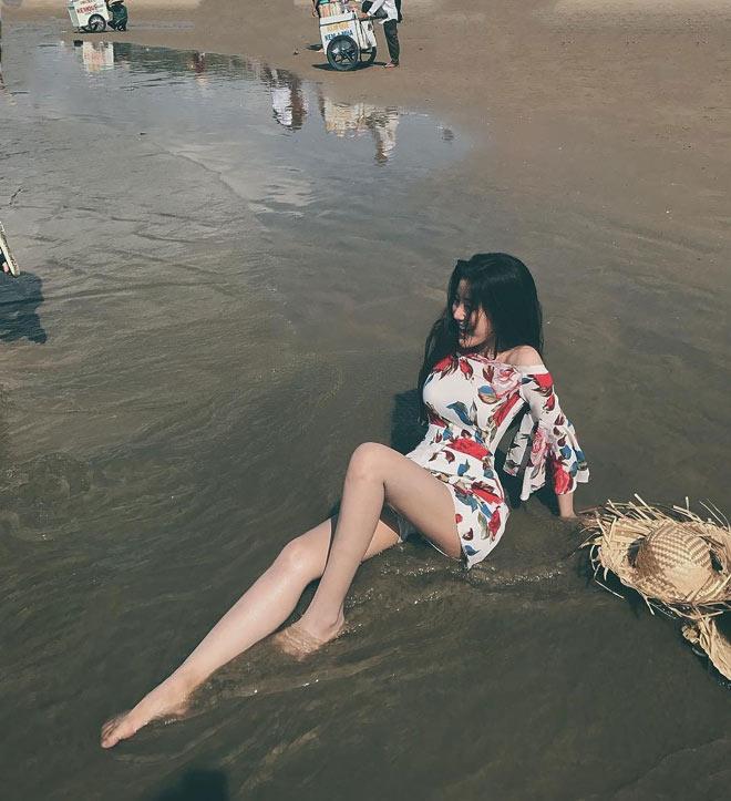 Fan girl U23 Việt Nam được báo Hàn ca ngợi đẹp như nữ thần - hình ảnh 9