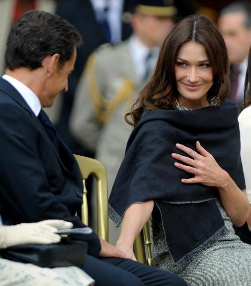 """Siêu mẫu Ý là """"sát thủ trái tim"""" hàng loạt chính trị gia đình đám - hình ảnh 13"""