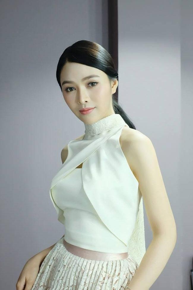 """""""Đệ nhất hoa hậu Lào"""" có nhan sắc ví như tiên nữ giáng trần - hình ảnh 12"""