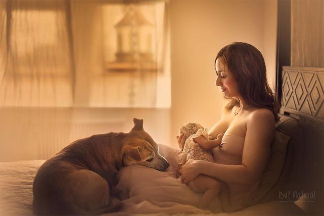 Mê mẩn với bộ ảnh mẹ cho con bú của nhiếp ảnh gia Ấn Độ - hình ảnh 1