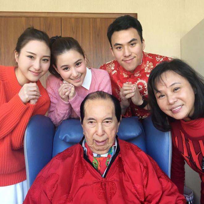 3 cô con gái xinh đẹp hơn hoa hậu của ông trùm sòng bài Macau - hình ảnh 1