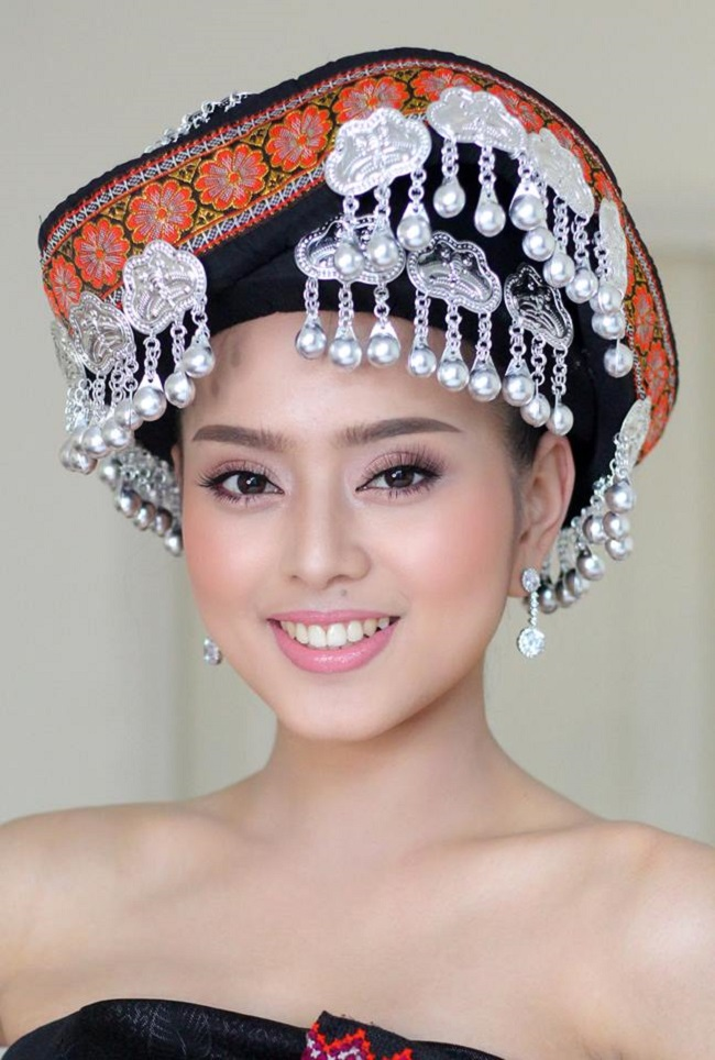 """Gục ngã trước loạt ảnh mới của cô gái Lào 20 tuổi """"xinh như tiên"""" - hình ảnh 9"""