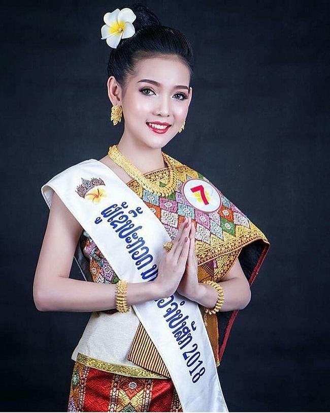 Ngỡ ngàng trước nhan sắc xinh như mộng của con gái Lào ngày nay - hình ảnh 5