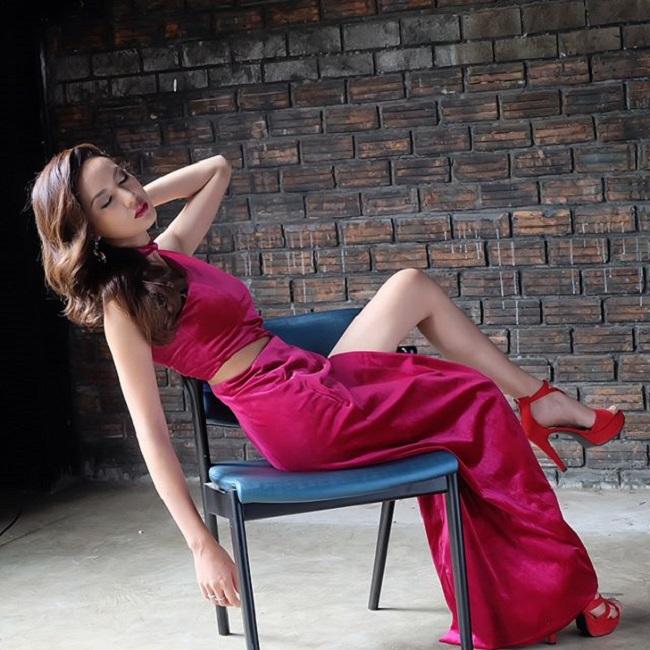 Ngỡ ngàng trước nhan sắc xinh như mộng của con gái Lào ngày nay - hình ảnh 13