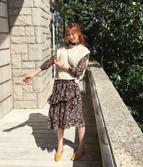 5 kiểu mặc layer với áo len để nàng công sở vừa ấm vừa xinh - 6