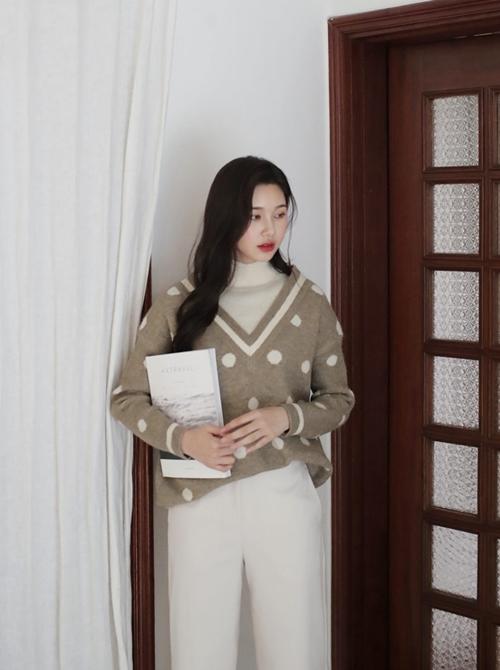 5 kiểu mặc layer với áo len để nàng công sở vừa ấm vừa xinh - 2