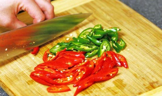 """Những mẹo nhà bếp khiến việc nấu nướng trở nên """"dễ thở"""" hơn nhiều - 2"""