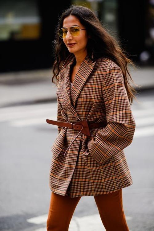 4 chiếc blazer giúp nữ công sở mặc đẹp cả năm - 4