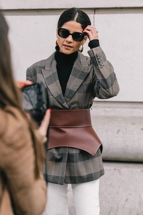 4 chiếc blazer giúp nữ công sở mặc đẹp cả năm - 10