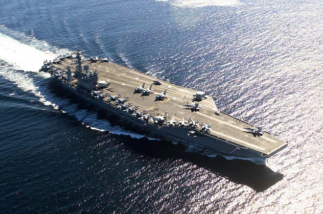 """Đòn đáp trả """"khủng khiếp"""" của Mỹ nếu TQ đánh chìm 2 tàu sân bay chở vạn người - 1"""