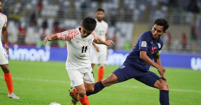 Chấn động Asian Cup: Úc & Thái Lan có thể bị loại, Việt Nam thắng Iraq? - 1