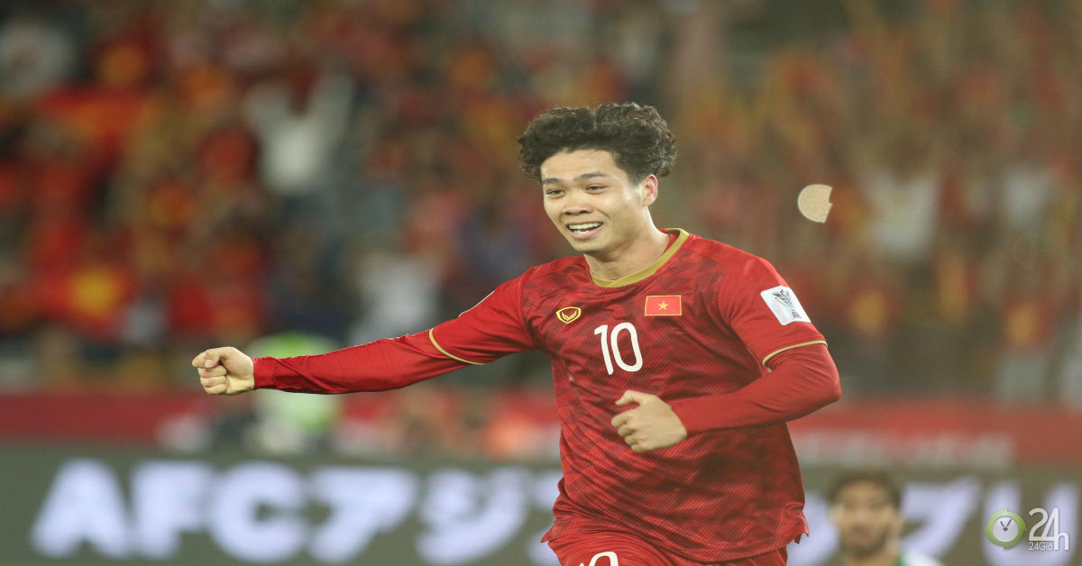 ĐT Việt Nam đấu Jordan vòng 1/8: Công Phượng sẵn sàng hóa gà son