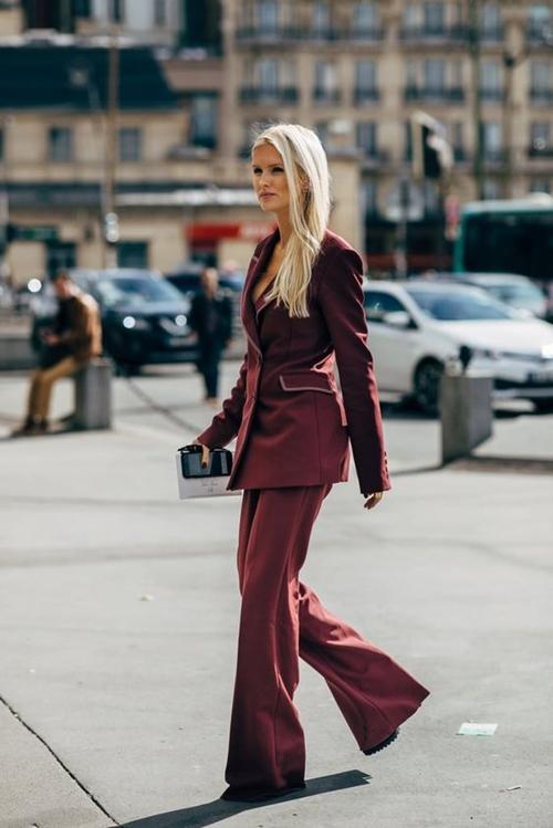 10 cách mặc suit công sở mới mẻ dành cho phái đẹp - 1