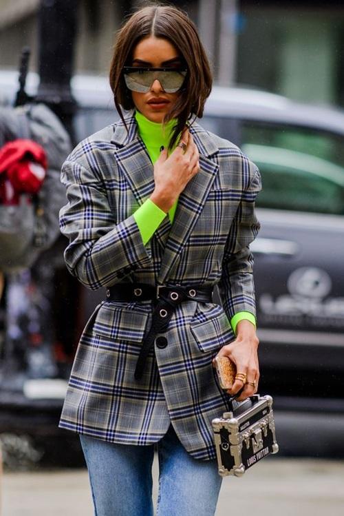 3 cách diện len cổ lọ siêu đẹp cho nữ công sở ngày giá rét - 12
