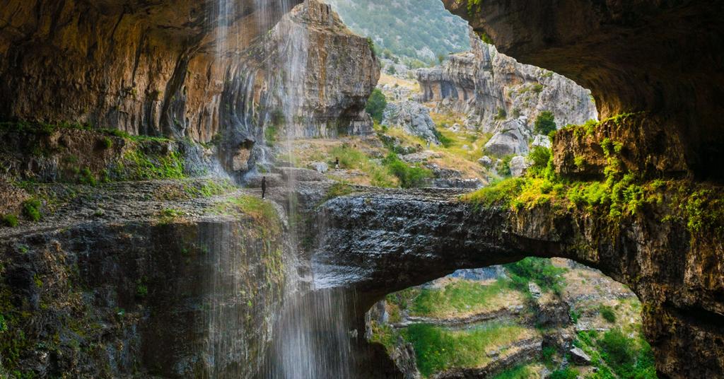Việt Nam cũng lọt top những hang động ấn tượng như cổng nối thiên đường - 7