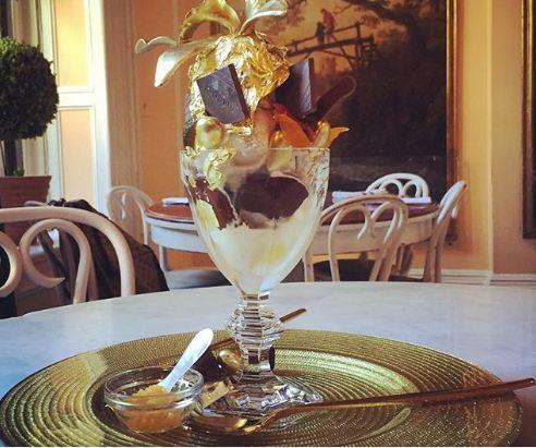 Những món ăn bọc vàng cực xa xỉ, thực khách vừa ăn vừa tiếc - 3