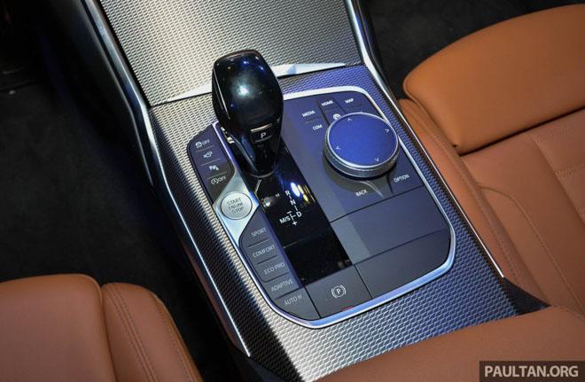 Ảnh thực tế BMW 330i 2019 thế hệ mới được ra mắt tại Singapore Motor Show 2019 - 7