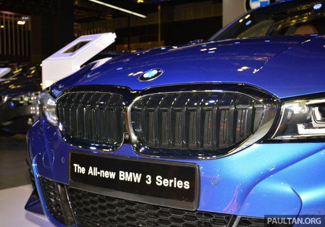 Ảnh thực tế BMW 330i 2019 thế hệ mới được ra mắt tại Singapore Motor Show 2019 - 14