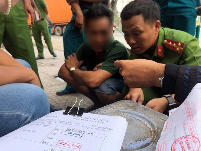 """Tài xế xe container """"phê"""" 3 loại ma túy vẫn ôm vô lăng phóng trên phố Sài Gòn - 4"""