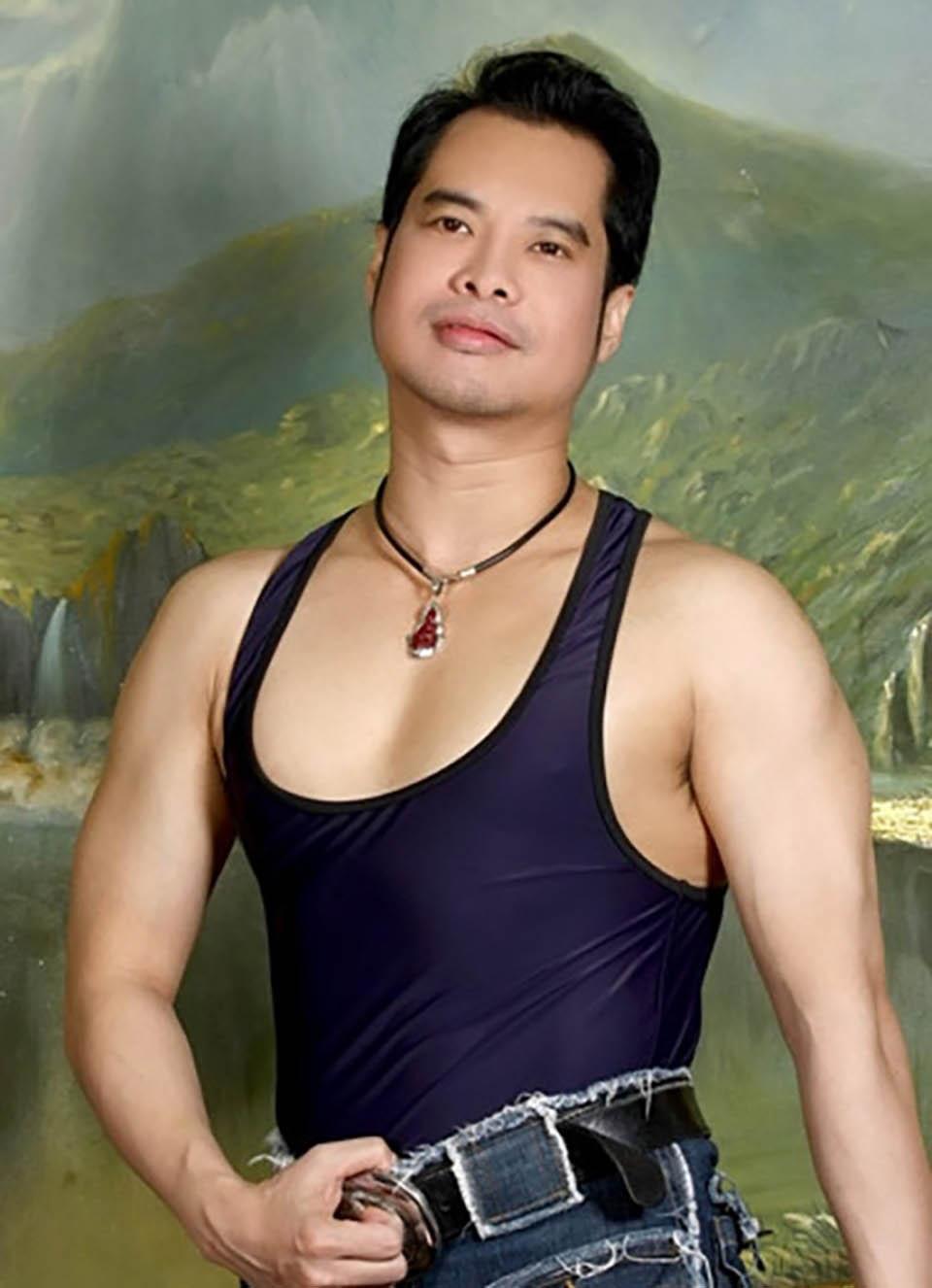 """Lộ cát-xê gây sốc của """"ông hoàng nhạc sến"""" Ngọc Sơn, Hoài Linh cũng phải """"nể"""" - 1"""