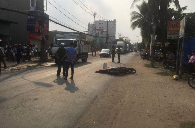 """Dân truy đuổi xe container cán chết người trên """"con đường nguy hiểm nhất Sài Gòn"""" - 1"""