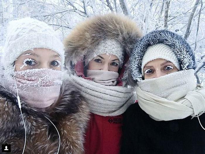 Thành phố chìm trong cái lạnh -60 độ, người dân vẫn đi làm còn trái cây thì quý hơn vàng - 3