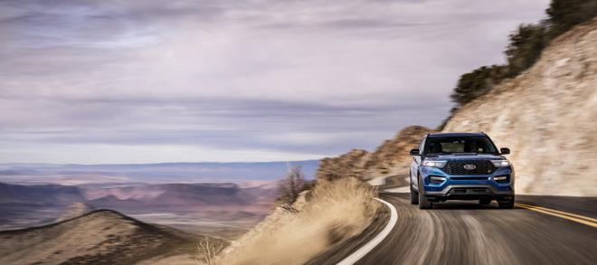 Ford ra mắt Explorer ST 2020: SUV mạnh mẽ nhất lịch sử thương hiệu - 4