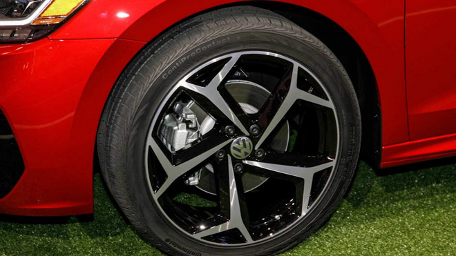Volkswagen Passat 2020 ra mắt với diện mạo hoàn toàn mới - 11