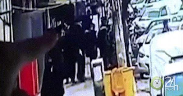 Khoảnh khắc IS đánh bom tự sát nhà hàng Syria, 4 người Mỹ thiệt mạng