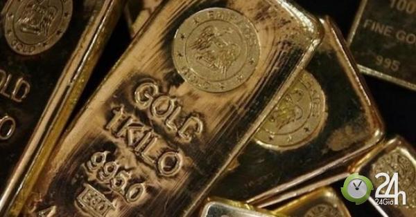 Giá vàng hôm nay 17/1: Vàng treo cao sau biến cố
