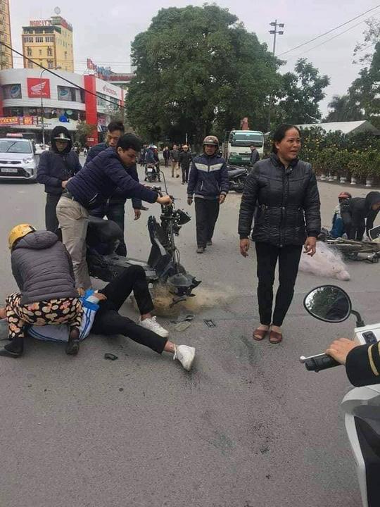 """Thực hư việc CSGT Thanh Hóa """"quăng lưới"""" trúng học sinh té ngã - 2"""