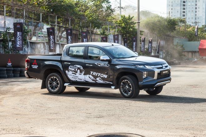 Mitsubishi Triton 2019 ra mắt thị trường Việt Nam bằng những màn drift xe kịch tính - 8