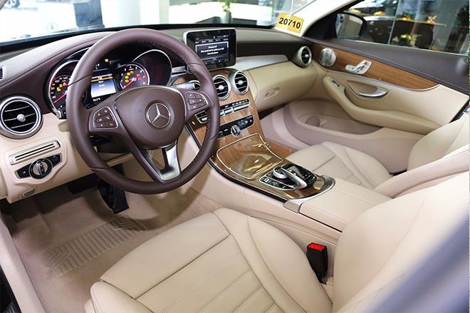 Giá xe Mercedes C200, C250, C300 phiên bản 2019 cập nhật mới nhất - 2