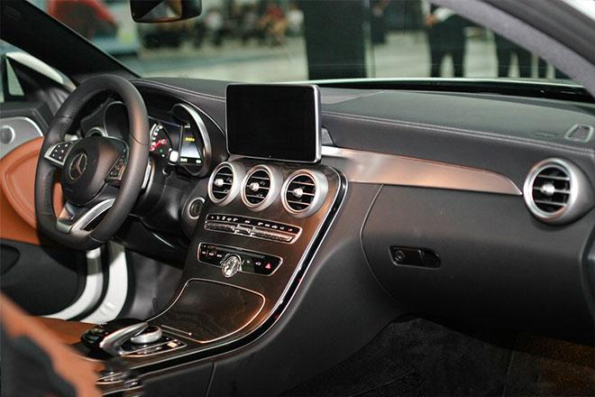 Giá xe Mercedes C200, C250, C300 phiên bản 2019 cập nhật mới nhất - 6
