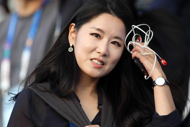 """Nữ phóng viên Hàn Quốc xinh đẹp """"săn"""" thầy Park & ĐT Việt Nam - 12"""