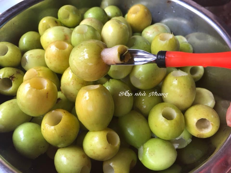 Công thức làm mứt táo ta dẻo thơm, ngọt lịm cực đơn giản - 1