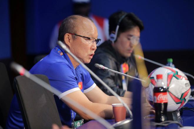 Họp báo ĐT Việt Nam - Jordan: HLV Park Hang Seo phủ nhận sự may mắn - 1