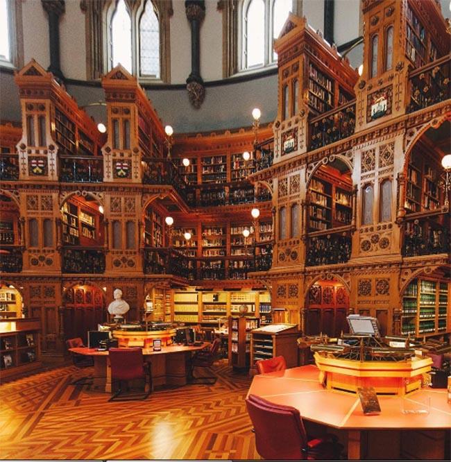 Lạc vào thế giới phù thủy cùng Harry Potter tại những thư viện huyền bí này - 3
