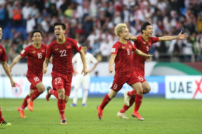 """ĐT Viêt Nam thuộc top 8 châu Á: Ai """"đánh thuế"""" giấc mơ World Cup - 1"""