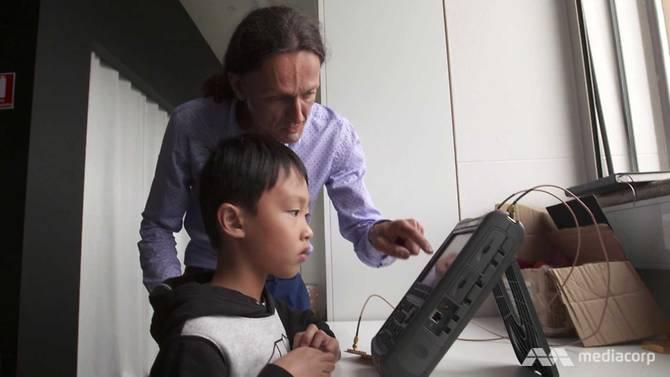Thần đồng tin học 8 tuổi đã có thể viết code bằng 3 ngôn ngữ lập trình - 5