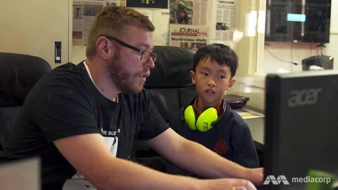 Thần đồng tin học 8 tuổi đã có thể viết code bằng 3 ngôn ngữ lập trình - 7