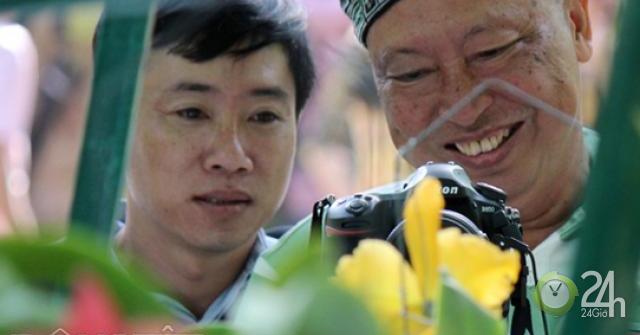 Say đắm ngắm guốc hài giai nhân ở vườn hoa xuân lớn nhất Sài Gòn