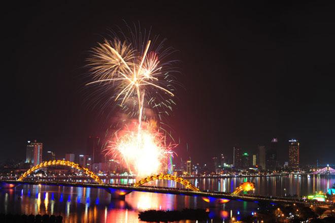 Những điểm bắn pháo hoa đêm Giao thừa đón năm mới Kỷ Hợi 2019 - 2