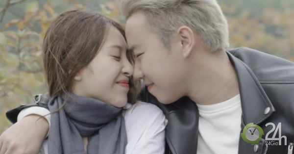 Minh Tít huy động hàng chục phụ nữ diễn cảnh hôn, bất ngờ có bạn gái Anh Tuấn
