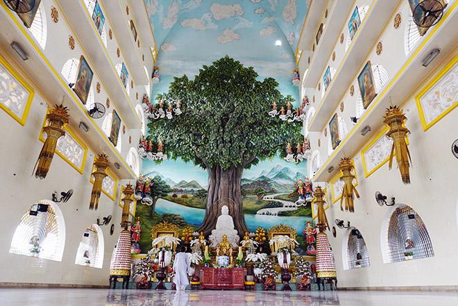 Ngôi chùa có bức phù điêu cây bồ đề nổi lớn nhất Việt Nam ở Sài Gòn - 4
