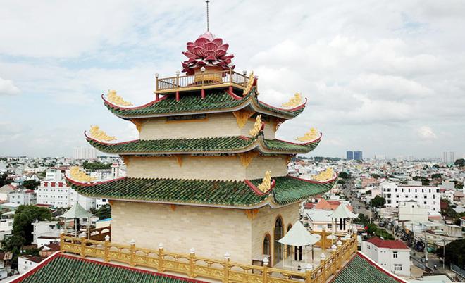 Ngôi chùa có bức phù điêu cây bồ đề nổi lớn nhất Việt Nam ở Sài Gòn - 3